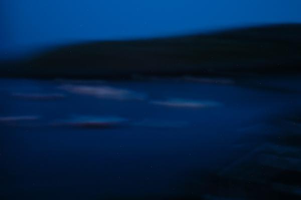 43 a.m..(Nikon D100, 17mm, ISO 400, f2.8 @ 2 seconds)